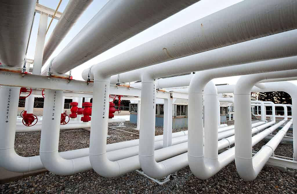 With Natural Gas in Peril, Pipeline Owners Look to Hydrogen